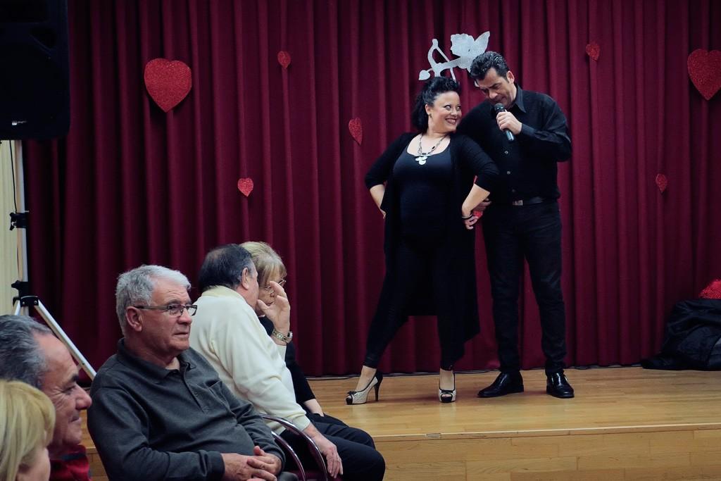 Baile día de enamorados en el Centro de mayores en Santo Ángel