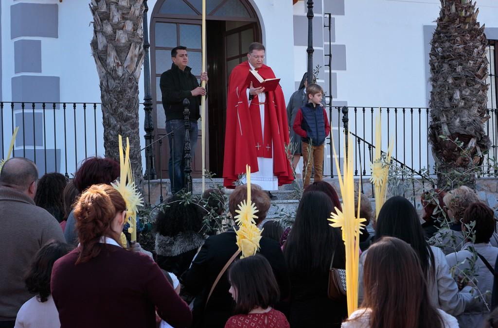 Procesión Domingo de Ramos en Santo Ángel