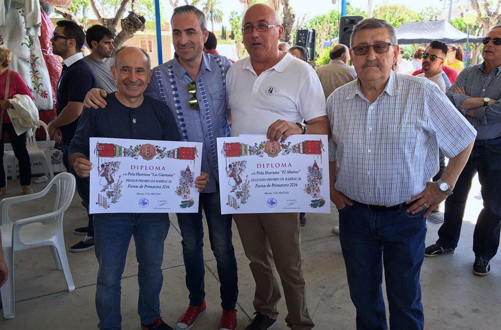Segundo premio de barracas para la peña «El Almirez»