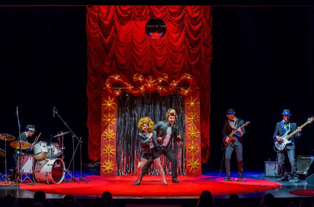 """Teatro """"the big bang band"""""""