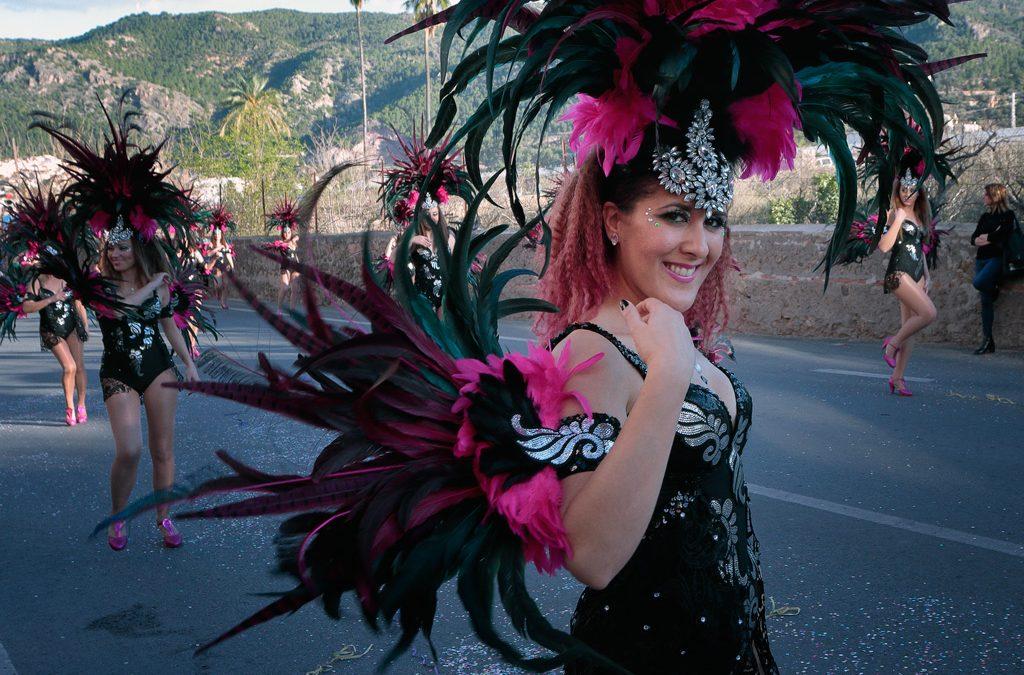 Sábado 16 de Marzo 2019 gran desfile de Carnaval