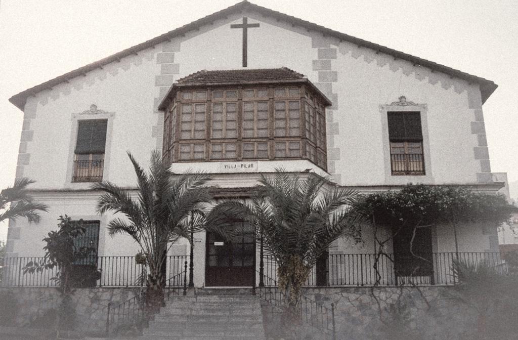 Vida de D. Ángel Romero Elorriaga y Dña. María Seiquer Gayá