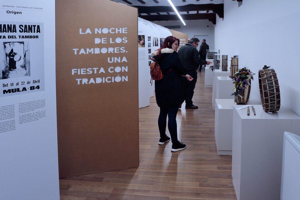 Exposición Tambores tradición en Mula