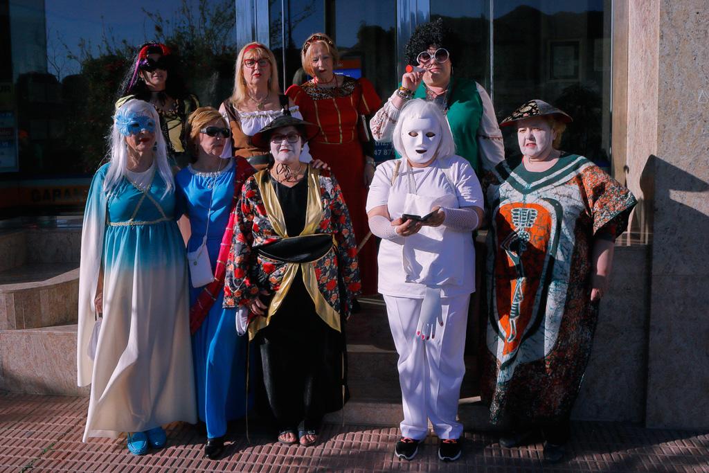 Participación del Centro de la Mujer en el desfile de Carnaval