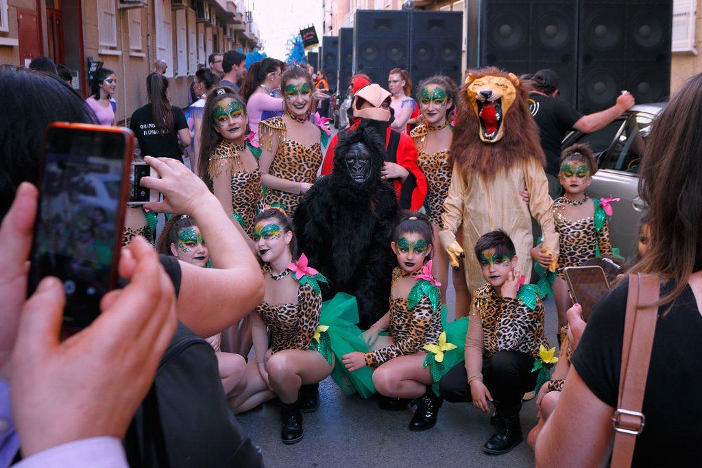 Desfile carnaval foto de grupo