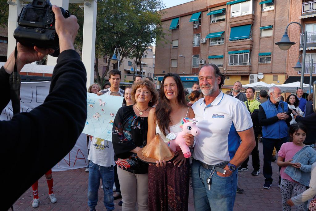 Eugenia Gil Ballester con sus padres