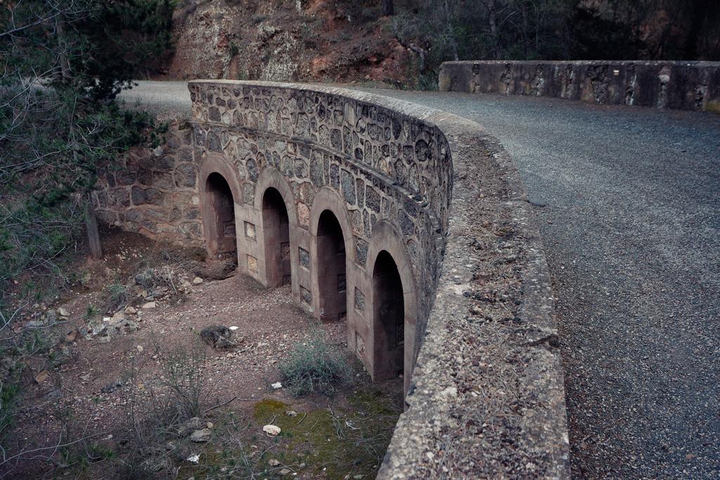 Uno de los puentes de la rambla del Sordo