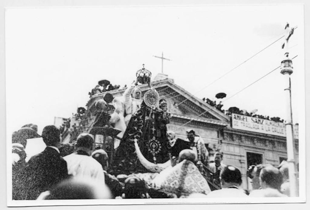 Coronación Virgen de la Fuensanta en 1927