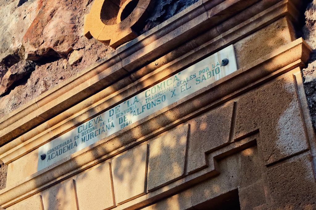 La cueva de la cómica en Murcia