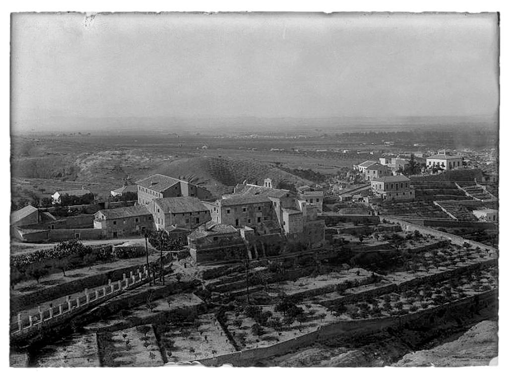 Vista del convento de Santa Catalina del Monte de Murcia (1937 - 1939)