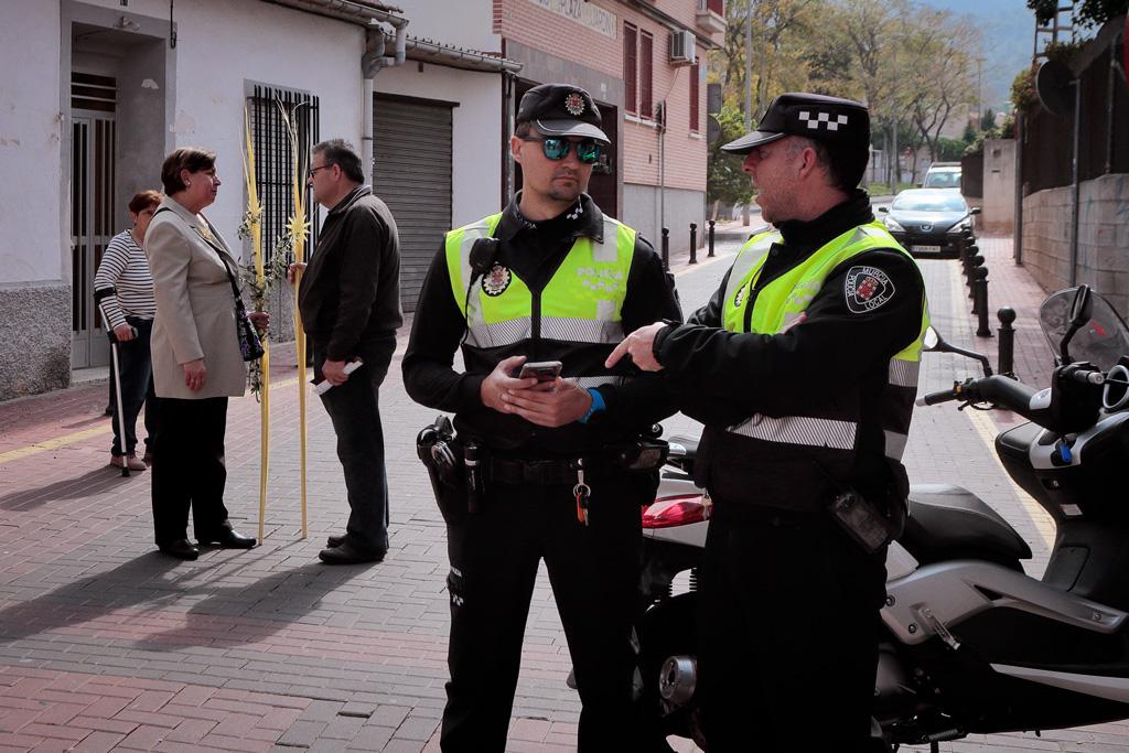 Agentes de la Policía Local vigilando un evento en Santo Ángel