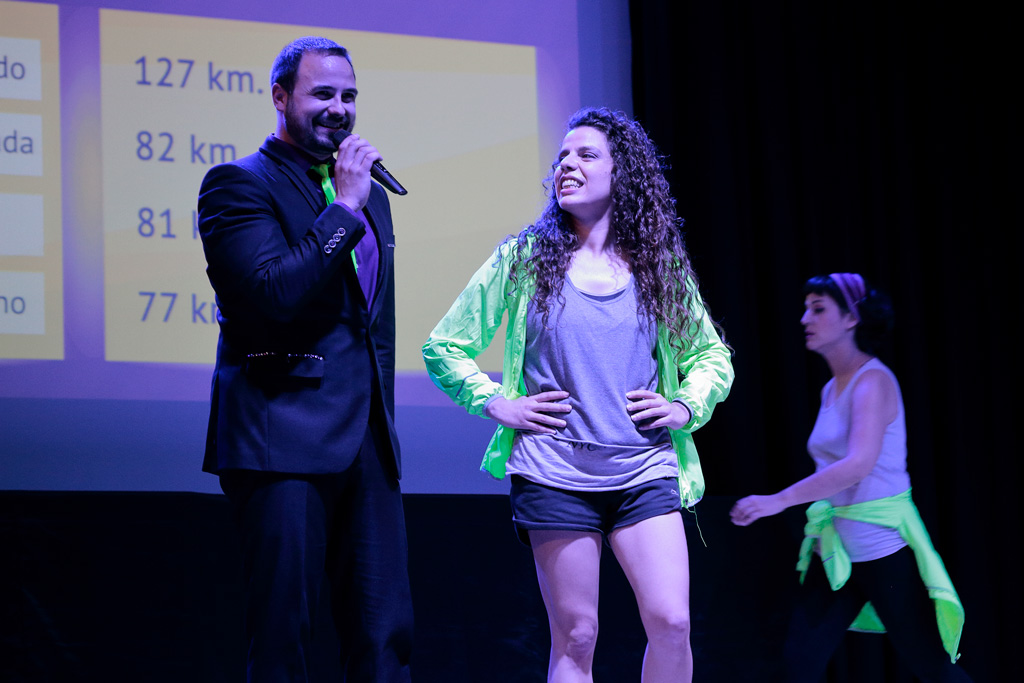 "Obra 3.000 km del ""Teatro de la entrega"""