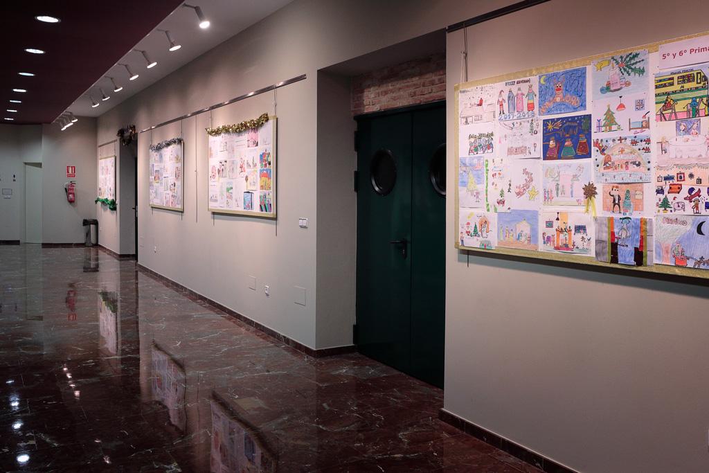 Exposicion de dibujos de dos colegios de Santo Ángel