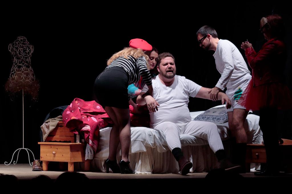 """Lamediasala teatro """"Las mangantes Reinas Magas"""""""