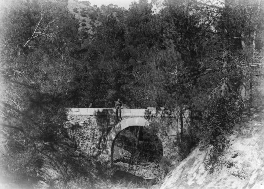 Acueducto para el riego de los viveros sobre la rambla de El Valle 1937
