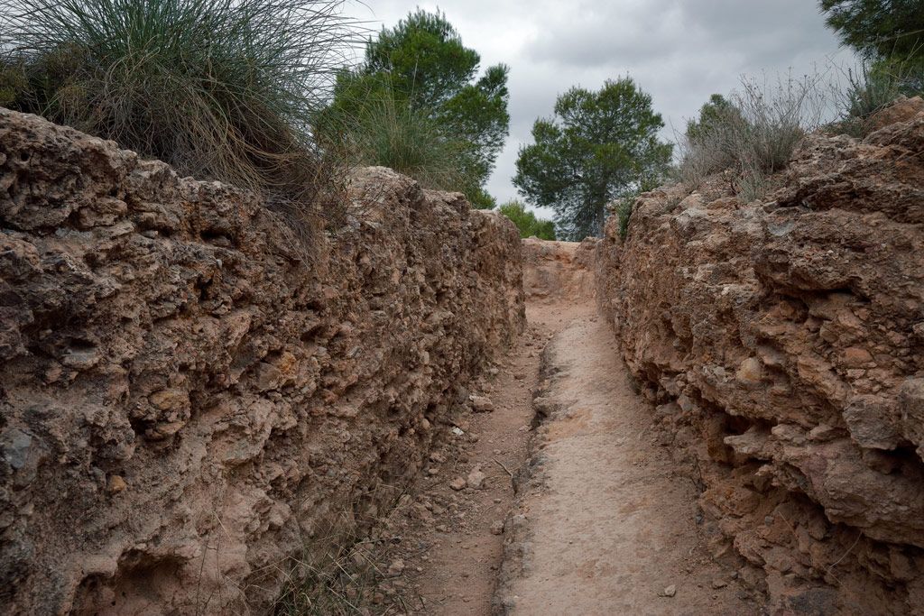 Civil War trenches in the Parque el Valle - Historical tourism