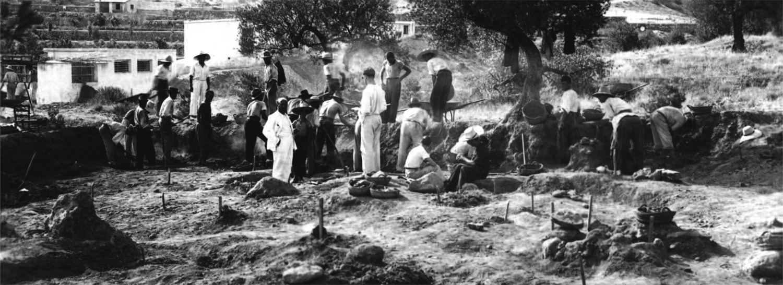 Vista general de las excavaciones en la necrópolis ibérica de El Cabecico del Tesoro