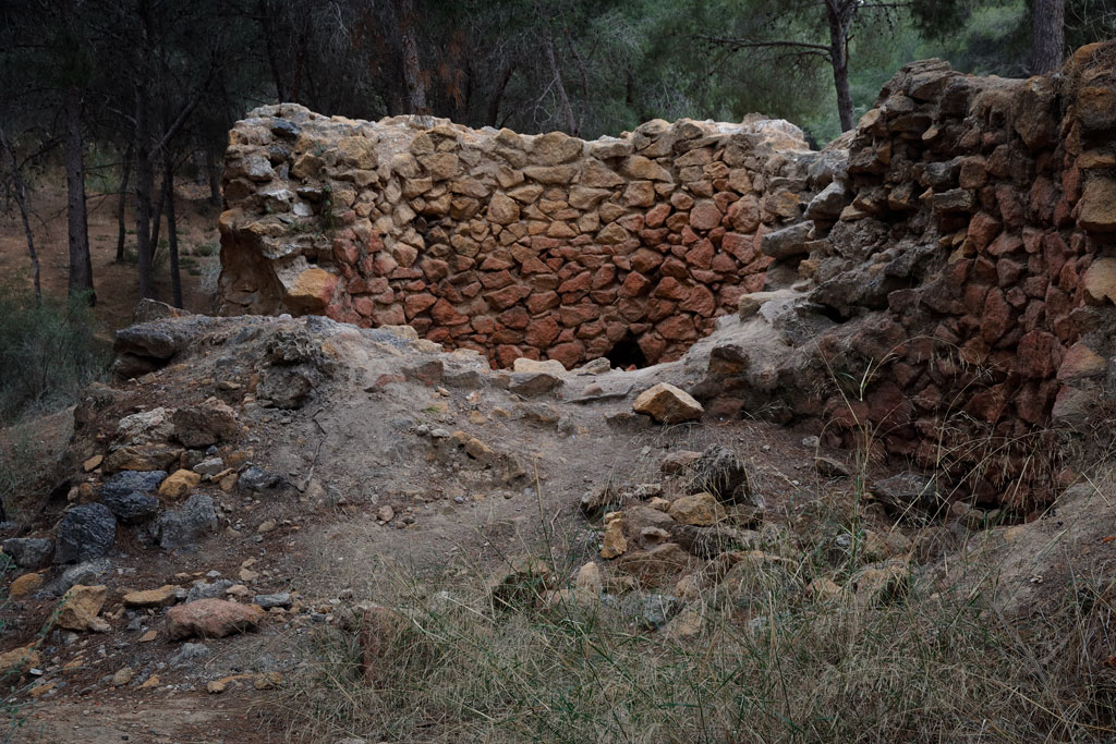 Gypsum oven in our natural environment - Historical tourism