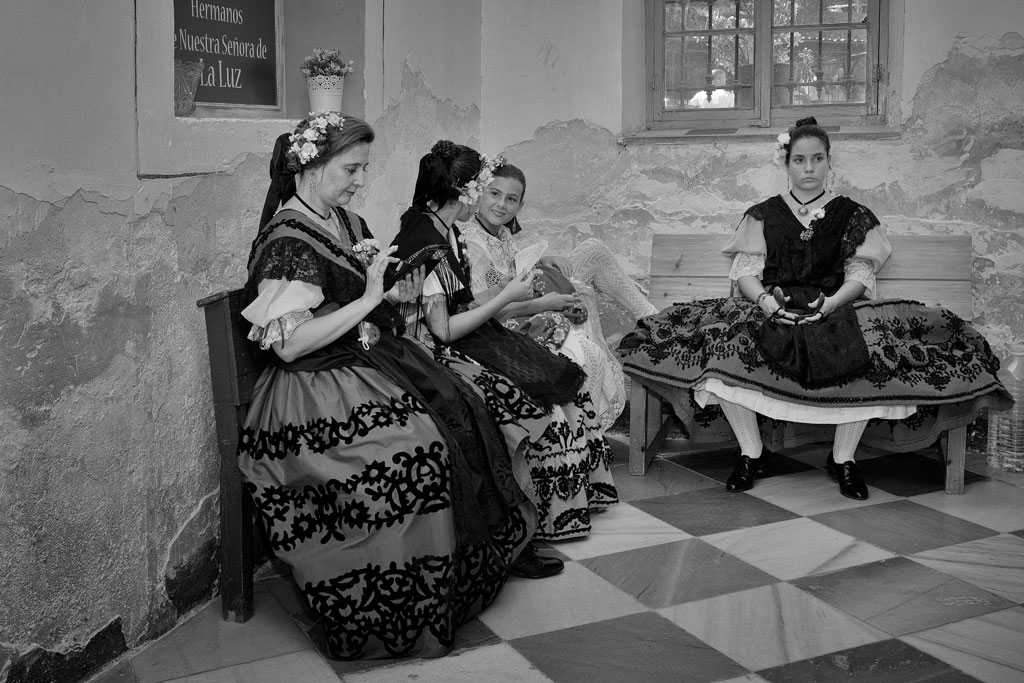 Huertanas esperando para la misa - Eremitorio de la Luz